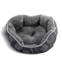 Фотография товара Лежак для собак Triol Сказочный лес L, размер 70х65х18см., серый